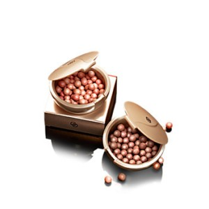 oriflame-giordani-gold-bronzing-pearls-natural-peach-product