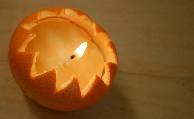 peel candle This instructable will show how to make a candle from any citrus and kitchen oil in minutes.
