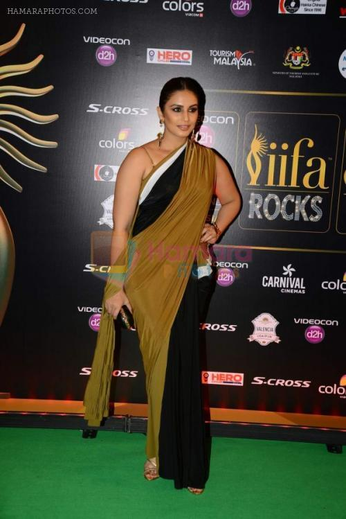Huma Qureshi at IIFA Awards 2015 in Kuala Lumpur on 5th June 2015 shown to user