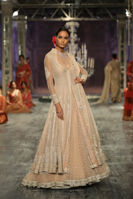 Day-2-FDCI-India-Couture-Week-2016-Tarun-Tahiliani-13