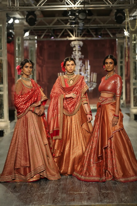 Day-2-FDCI-India-Couture-Week-2016-Tarun-Tahiliani-6