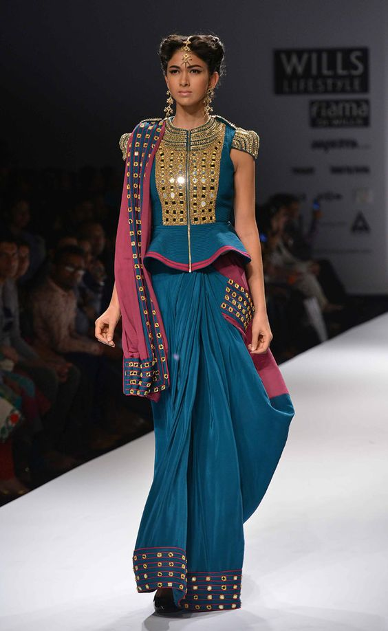 long-zipper-saree-blouse-threads-werindia